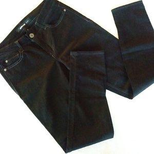 NWOT Jordache Skinny Black Jeans Sz 8
